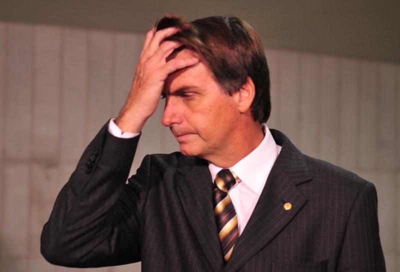 Aprovação do governo Bolsonaro se mantém no pior patamar, aponta Ibope