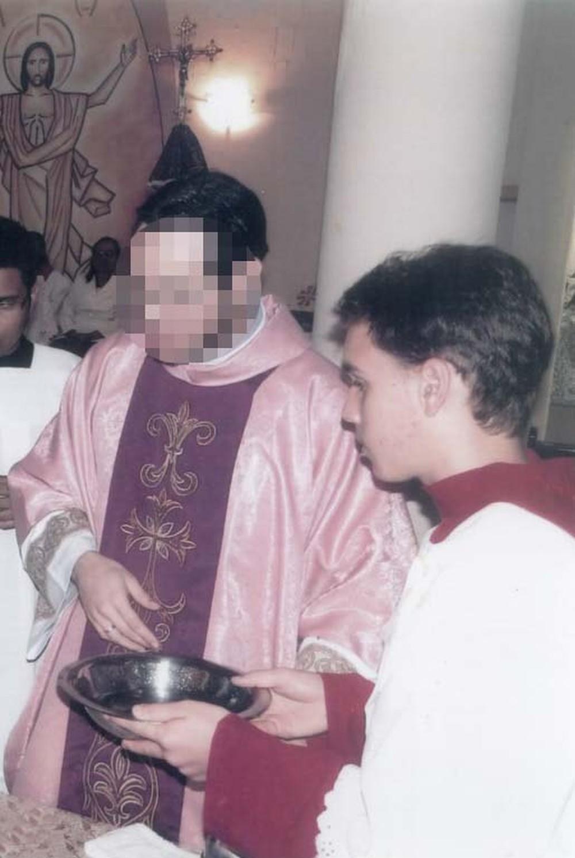 São Paulo: Padre acusado de estupro ofende coroinha pelas redes sociais