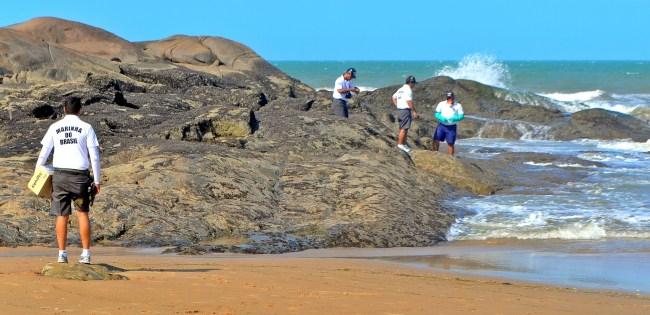 SEM ÓLEO: Secretaria de Meio Ambiente libera praia da Pedra do Sal para banho no litoral do Piauí