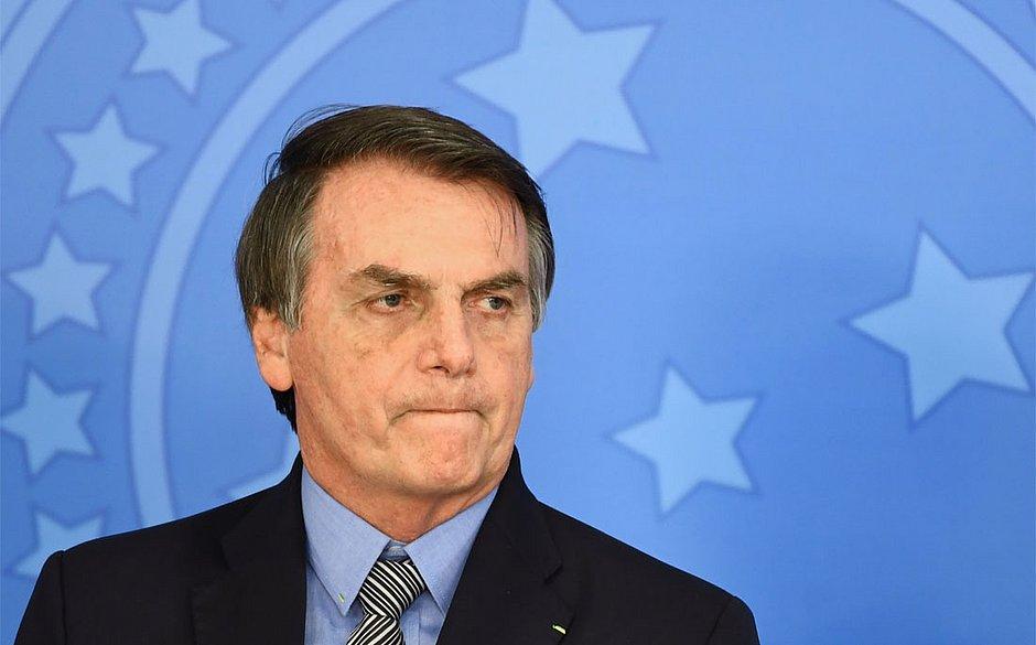 Bolsonaro edita medida provisória que extingue seguro DPVAT