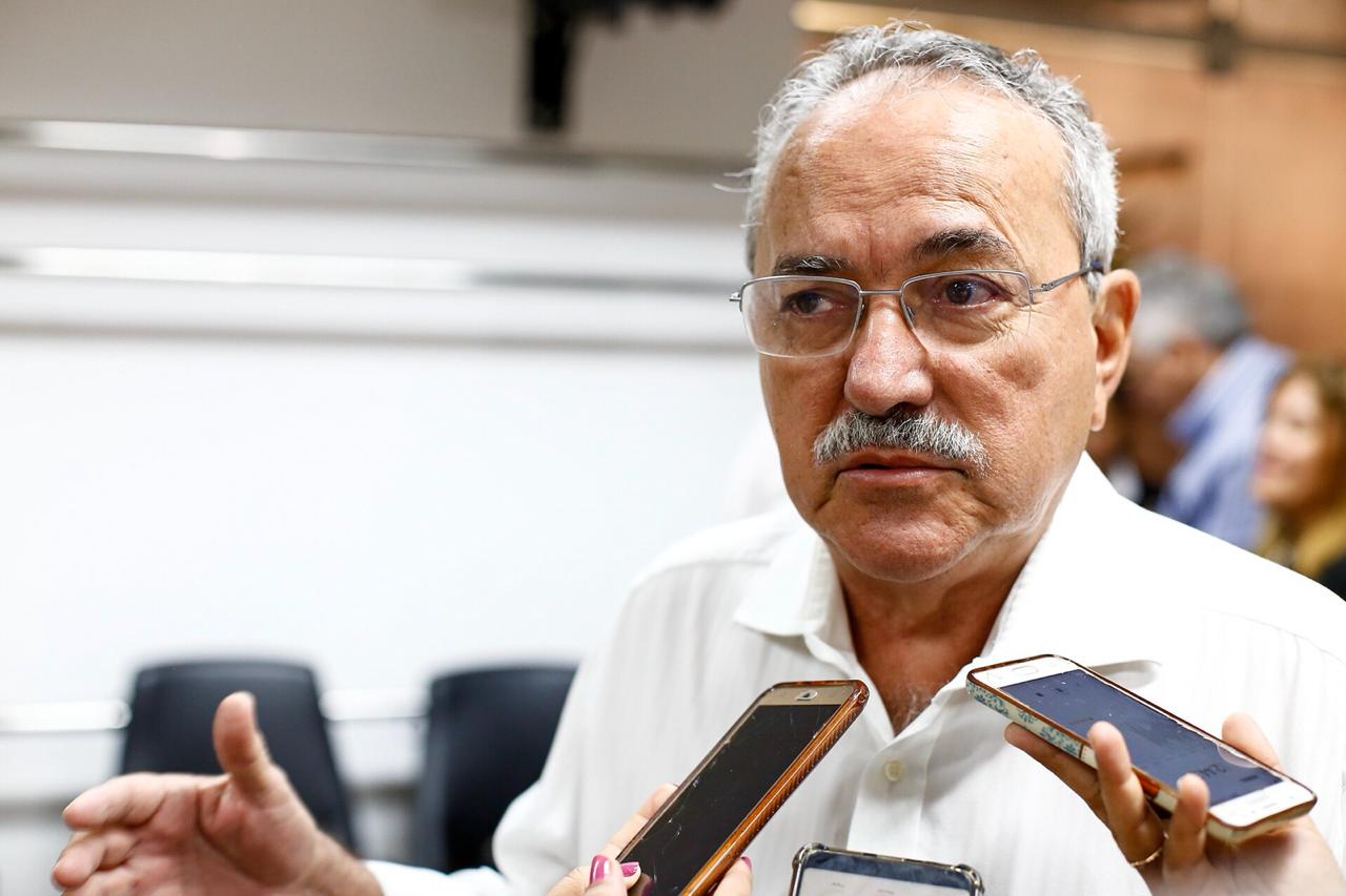 EXCLUSIVO! Ministério Público pede o bloqueio de mais de R$ 2 milhões do deputado Átila Lira