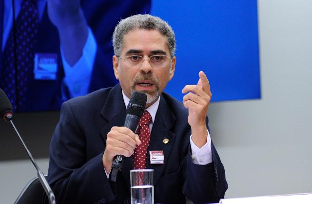 Promotor de Justiça recomenda que Mão Santa dê destinação adequada à área institucional de loteamento