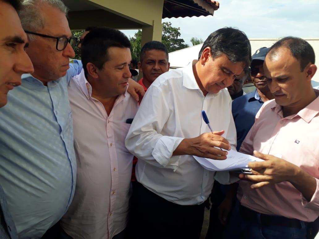 Pré-candidato a prefeito Cleson acompanha governador durante agenda de inaugurações em Cocal