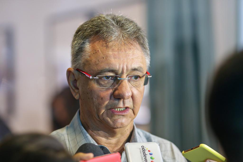 Covid-19: presidente do Sindicato da Indústria da Construção Civil alerta para demissões em massa