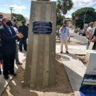 Mão Santa inaugura uma placa em homenagem ao presidente Jair Bolsonaro em Parnaíba